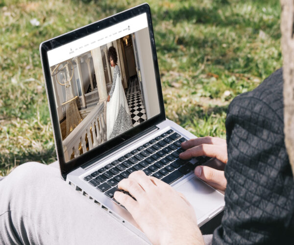 Shenannz - Fashion Designing Website - CMS WordPress